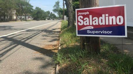 Campaign sign for Oyster Bay Supervisor Joseph Saladino