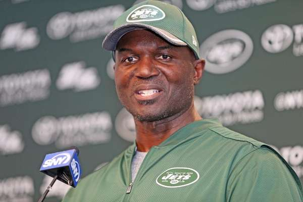 Jets coach Todd Bowles talks during minicampin Florham