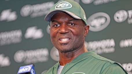 Jets coach Todd Bowles talks during  minicamp in Florham