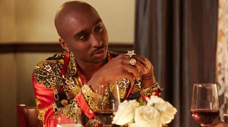 Demetrius Shipp Jr. stars in