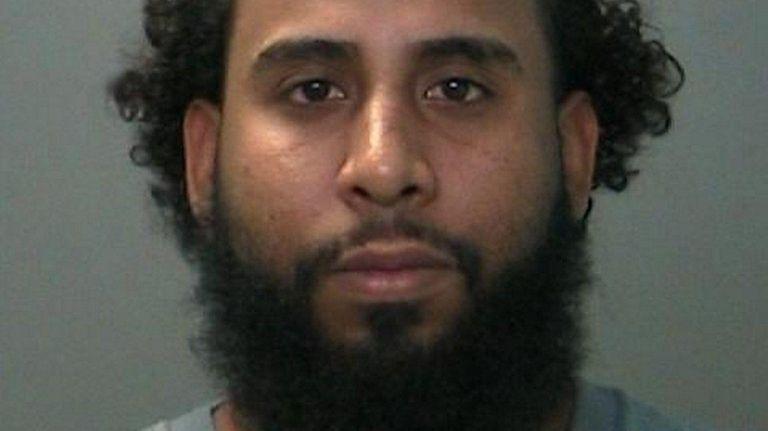 Estevez-Fernandez Yanluis faces multiple drug charges, Suffolk police