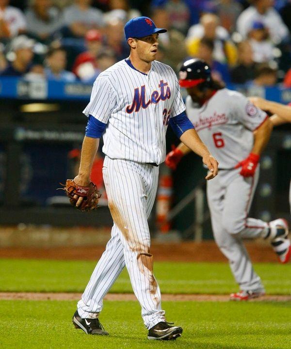 Steven Matz gets a new baseball as Anthony