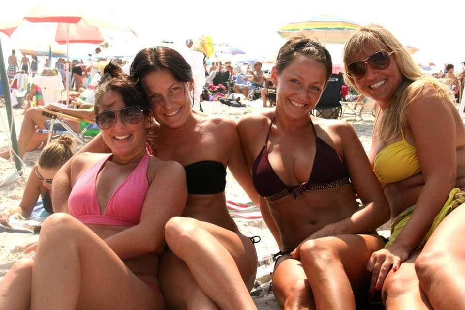 Megan Cozell, Char Dee, Rachiel Dee and Jeanette