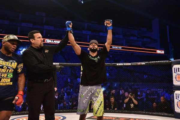 Douglas Lima celebrates his win by unanimous decision
