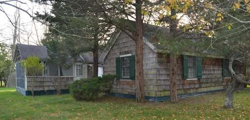 The Westhampton parcel once held 10 cottages, one
