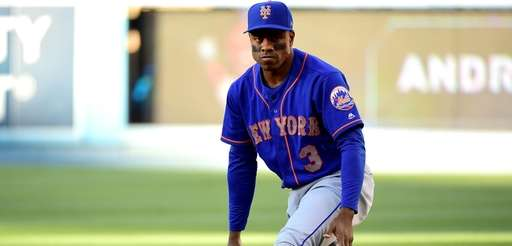 Curtis Granderson of the New York Mets stretches