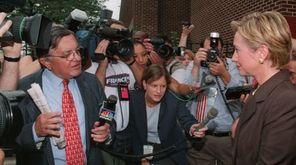 WNBC/4 reporter Gabe Pressman questions first lady Hillary