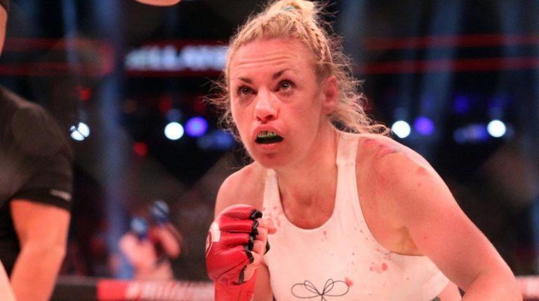 Heather Hardy sets sights on Alice Yauger en