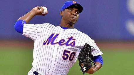 Rafael Montero pitches against the Padres at Citi