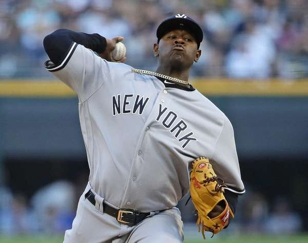Luis Severino of the Yankees delivers against theWhite