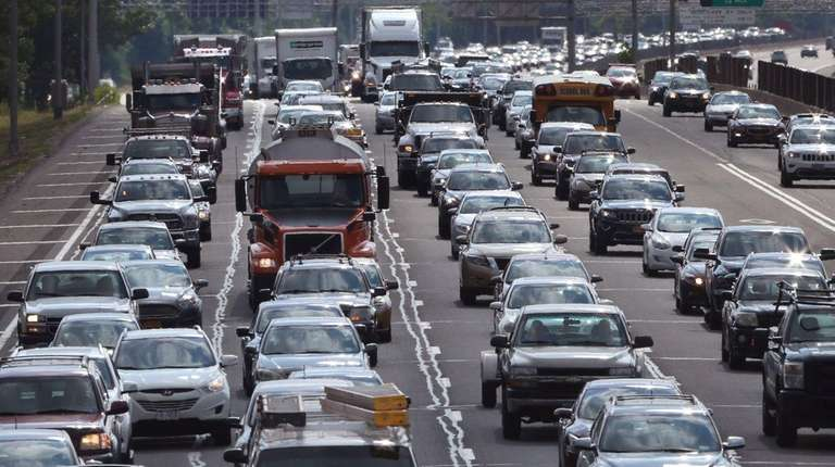 More than 44.2 million travelers, mostly motorists, will