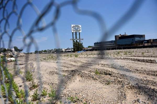 WaterView Land Development LLC wants to build luxury