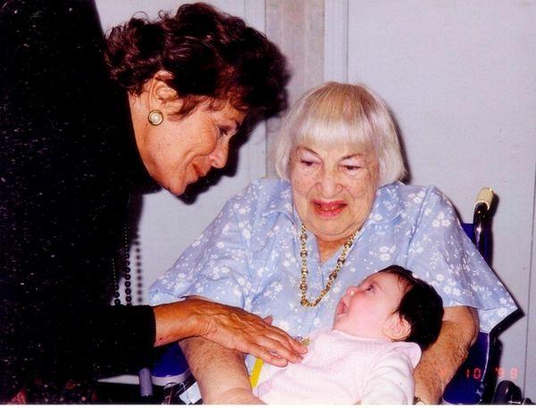 Helen Morgenstern, left, and her mother, Esther Kurzrock,