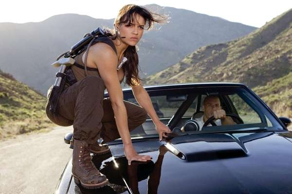 Michelle Rodriguez threatens to leave 'Fast and the Furious' franchise