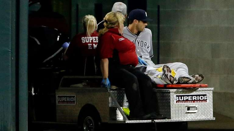 TheYankees' Dustin Fowler is carted off the field