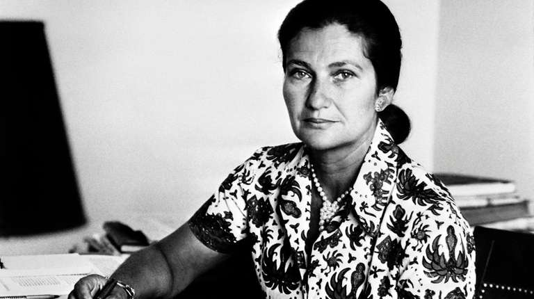 Simone Veil, then the French health minister, in