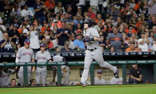 New York Yankees' Clint Frazier runs the bases