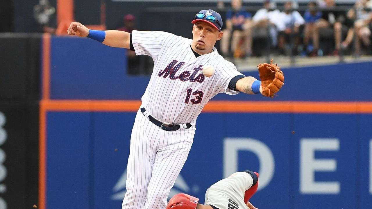 Mets overcome both the phillies and their own miscues to win newsday kristyandbryce Gallery