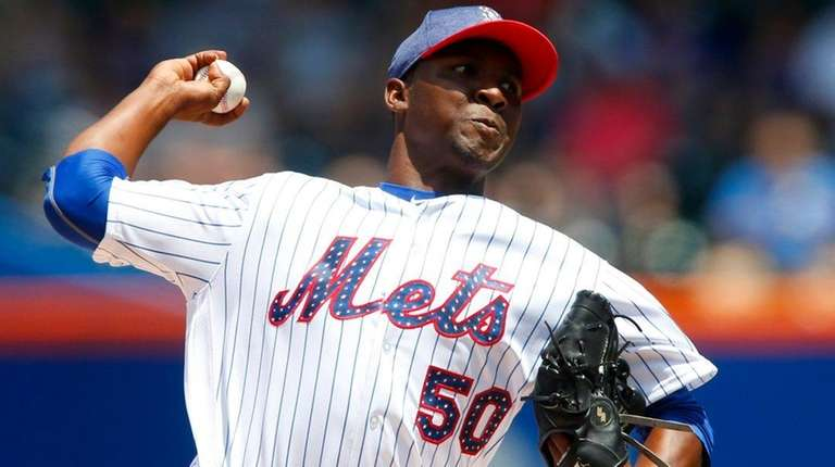 Mets' Rafael Montero pitches in the first inning