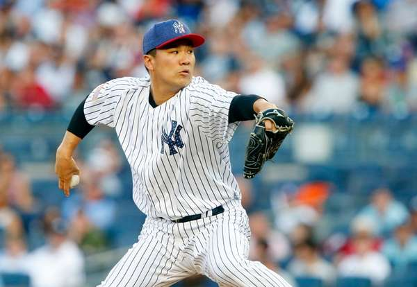 MLB/ Tanaka pitches Yankees to win 6-3 over Toronto Blue Jays