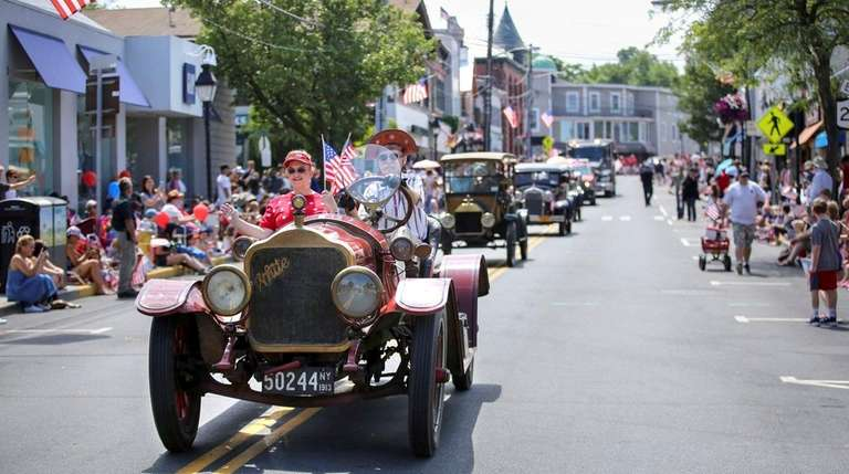 On Tuesday, July 4, 2017, antique automobiles make