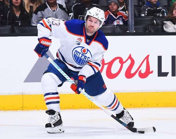 David Desharnais #13 of the Edmonton Oilers winds