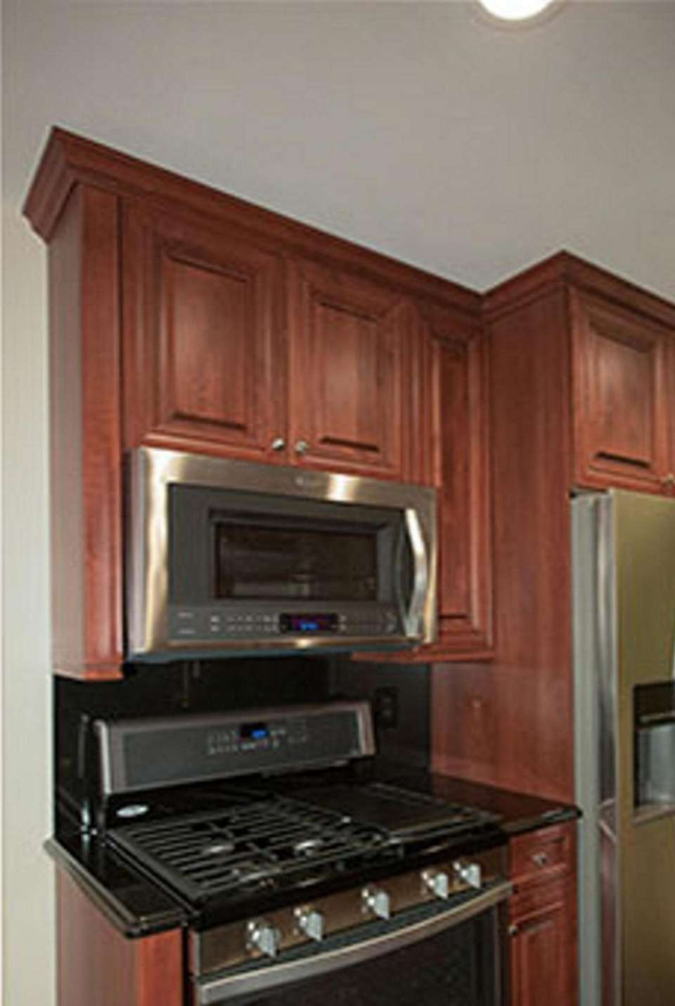 A one-bedroom, 720-square foot one-bedroom, one-bathroom apartment at