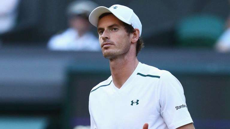 Andy Murray of Great Britain gives the thumbs