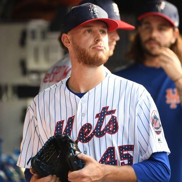 Mets pitcher Zack Wheeler looks on against thePhilliesat