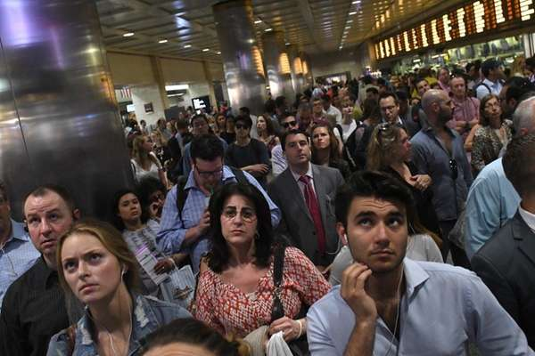 NJ Transit and LIRR Commuters: What Are You Seeing Monday?