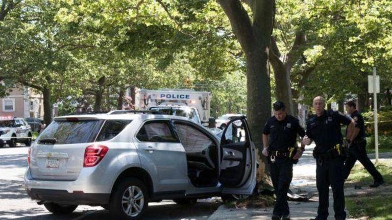 A single-car crash that injured three people on