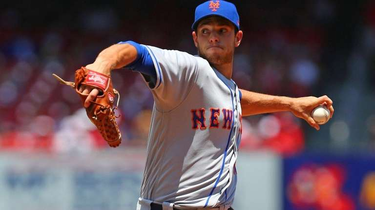 Steven Matz of the New York Mets delivers