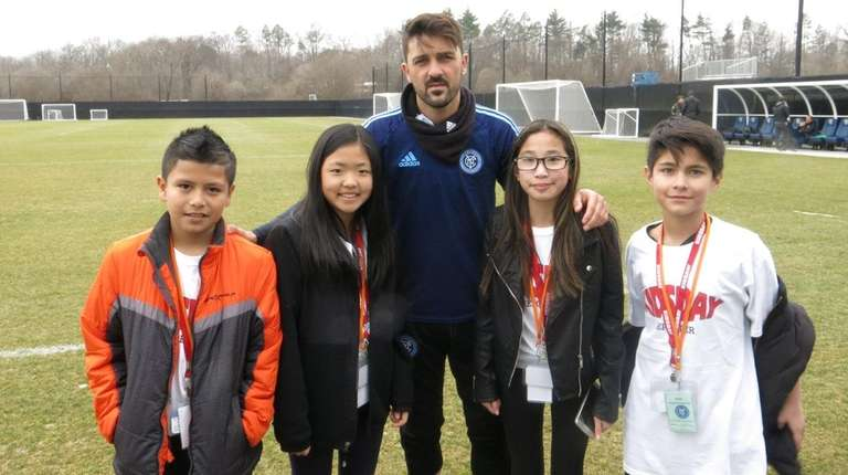 NYCFC captain David Villa with Kidsday reporters, from