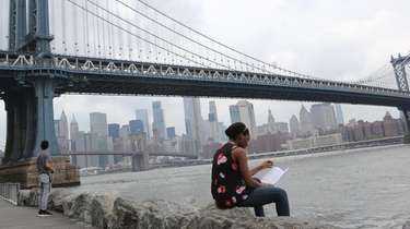 DUMBO and Vinegar Hill, side-by-side neighborhoods in northern