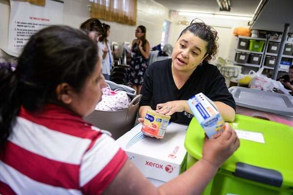 Marisol Ceresa, a volunteer at the Mother and