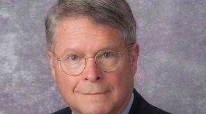 Geriatric psychiatrist Charles Reynolds III, a University of