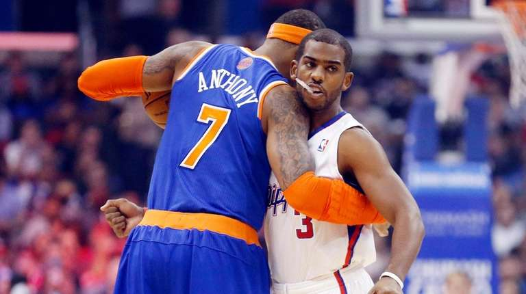 New York Knicks' Carmelo Anthony, left, and Los