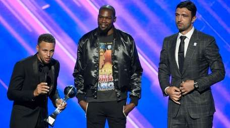 Stephen Curry, Kevin Durant and Zaza Pachuliaof the