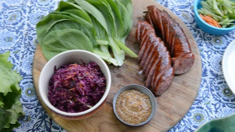 Lettuce wraps are the cool, contemporary (and low-carb)