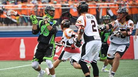 Lizards' Paul Rabil looks for shooting space against