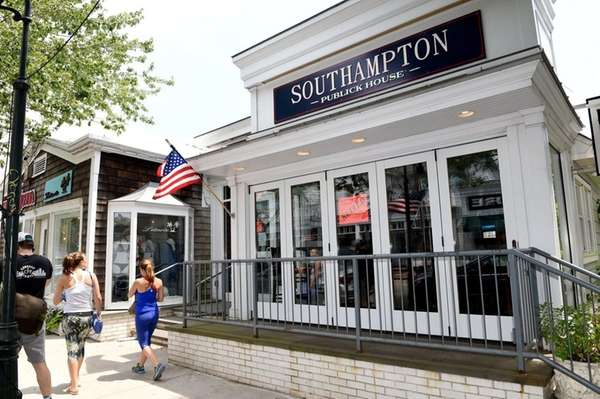 Southampton Publick House located at 62 Jobs Lane