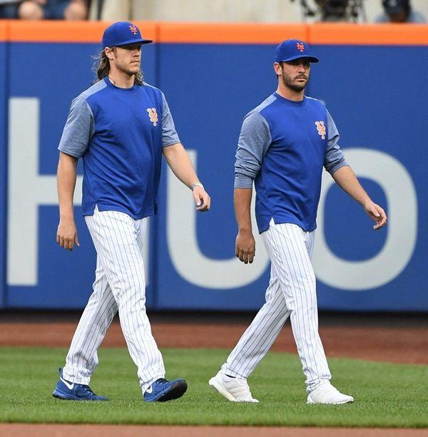 Mets pitchers Noah Syndergaard, left, and Matt Harvey