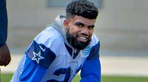 Dallas Cowboys running back Ezekiel Elliott takes a