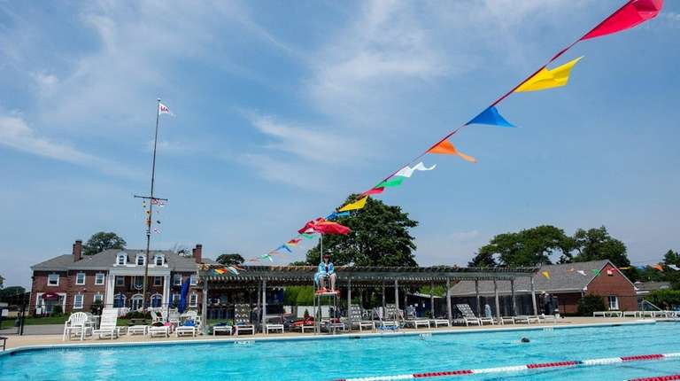 The pool at the Long Island Yacht Club