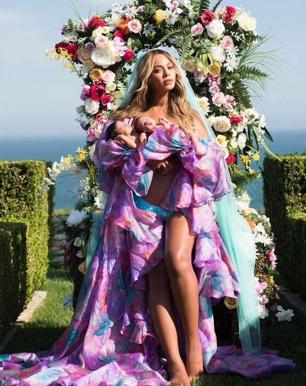 Beyoncé with newborn twins Sir and Rumi. The