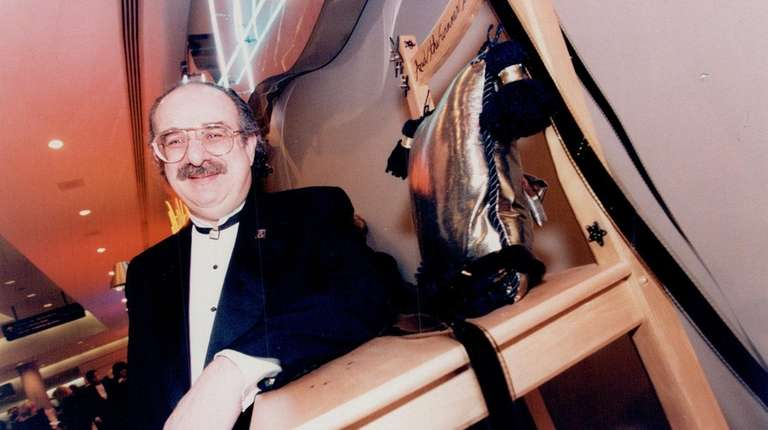 Canadian actor Harvey Atkin also appeared in television