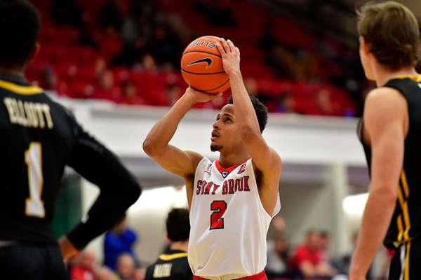 Stony Brook's Mike Almonacy attempts a free throw