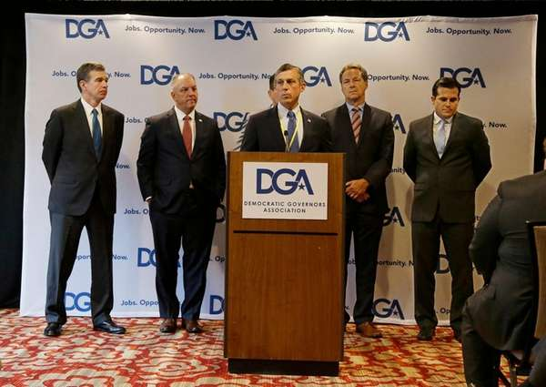 Hogan Joins Group Of Governors Urging Bipartisan Health Care Solution