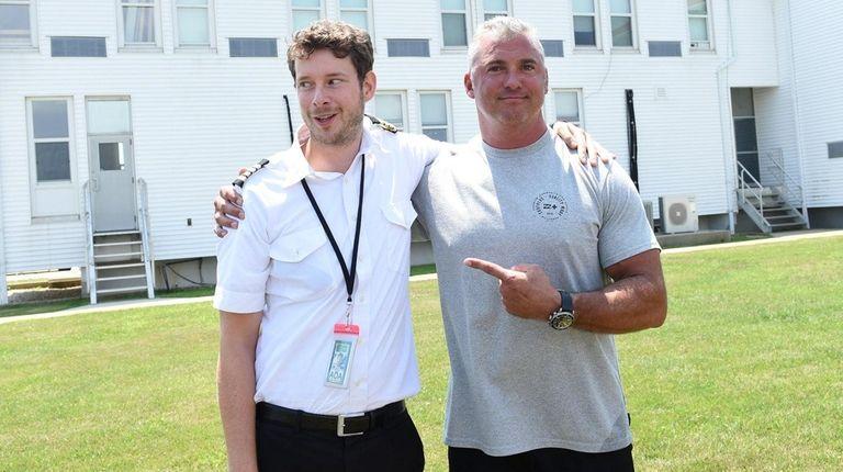 Pilot Mario Regtien, left, and WWE wrestler Shane