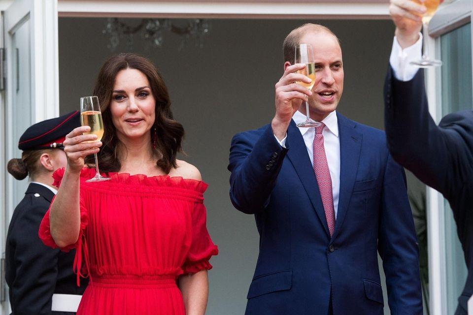 Britain's Prince William, Duke of Cambridge, right, and